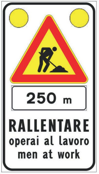 Rallentare operai al lavoro men at work a 250 m