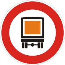 Transito vietato ai veicoli che trasportano merci pericolose